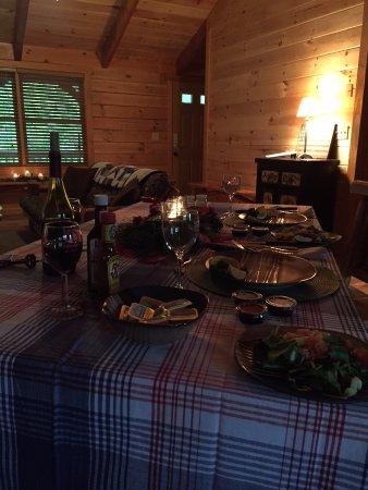 Stanardsville, VA: Dinner as part of the romance package