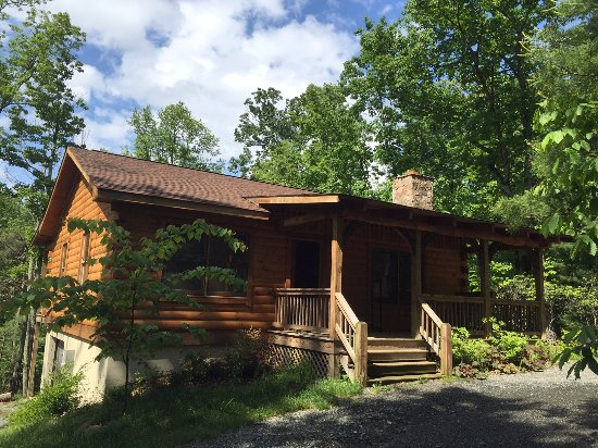 Lydia Mountain Cabins: Southern Comfort