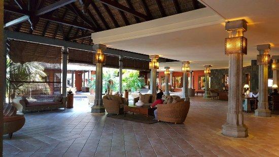 Beachcomber Dinarobin Hotel Golf & Spa: 20160620_101320_large.jpg