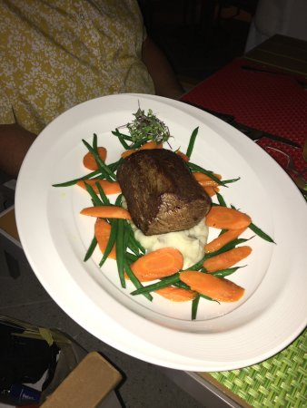 Chateaubriand beautifully prepared and presented.