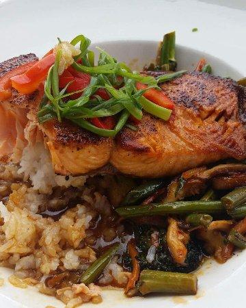 Granite City Food & Brewery: Ponzu Glazed Salmon