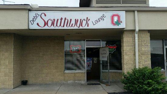 Debi's Southwyck Lounge
