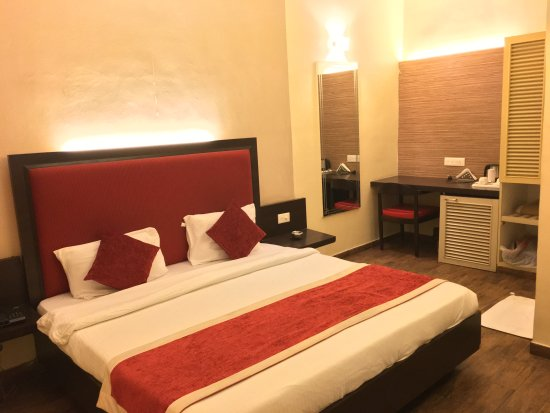 Status Club - Business Hotel