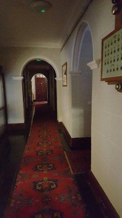 Camelot Castle Hotel: 20160612_084809_large.jpg