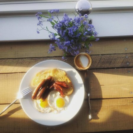 Fall River, Καναδάς: All Day Breakfast with free range eggs, local bacon and sausages.