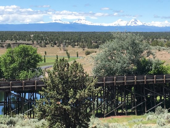 Powell Butte, OR: from the restaurant toward Three Sisters Wilderness