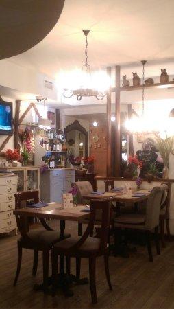 Petrus-b Restaurant