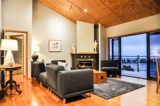 Abel Tasman Villa: Lounge