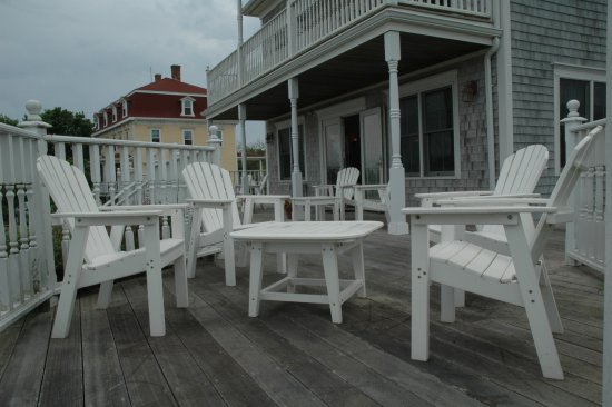 Payne's Harbor View Inn: Great deck