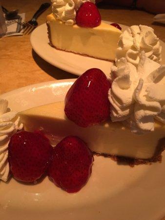 The Cheesecake Factory Photo2 Jpg