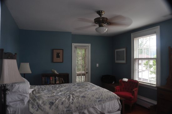 Hopkins Ordinary Bed & Breakfast: Comfortable room