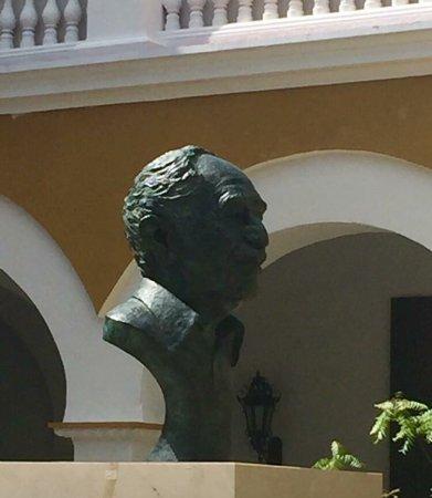 Claustro de la Merced Mausoleo de Garcia Marquez