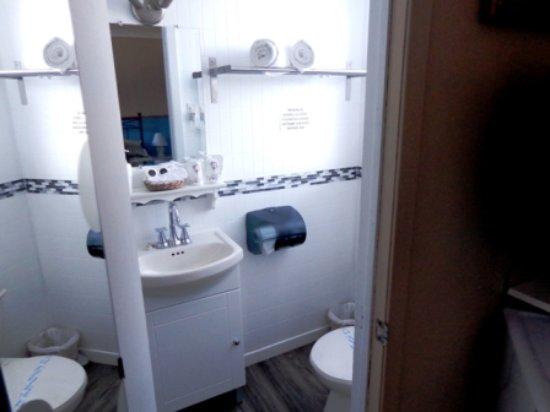 Shefford, Kanada: salles de bain des chambres #1 à 6 toutes rénovées