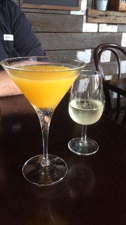 Rozelle, Australien: Porn Star Martini with a side shot of bubbly