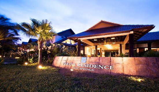 Felda Residence Hot Springs: night view