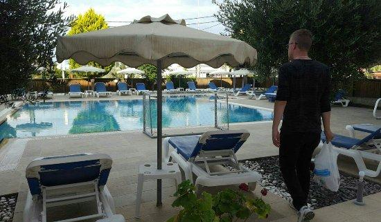 Mon Repos Villa - Hotel: 1465400191619_large.jpg