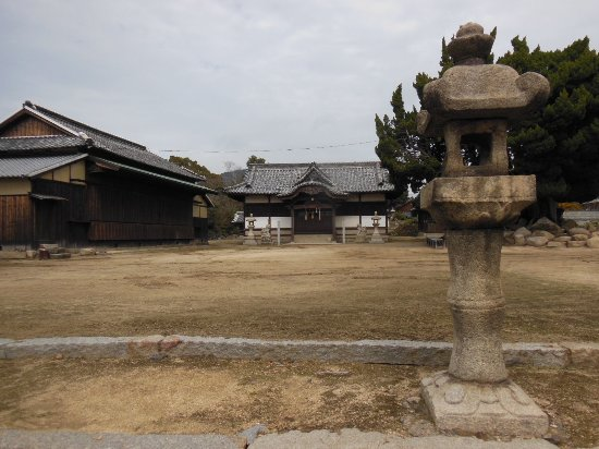 Kogarasu Shrine