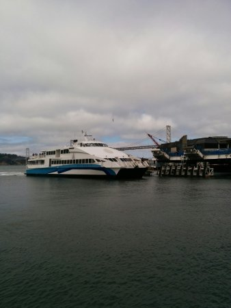 Ferry Building Marketplace: Commute