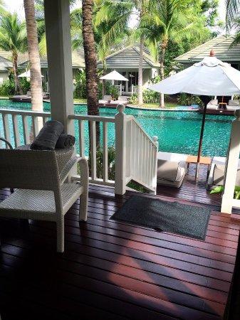 Rest Detail Hotel Hua Hin: 美麗悠閒的飯店  服務好貼心 看陰天還提醒要外出的我們記得帶傘❤️