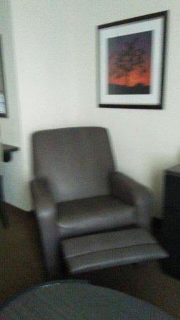 Candlewood Suites North Orange County: 20160609_105613_large.jpg