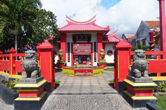 Chinese Temple Singaraja Tempat Ibadat Tridharma
