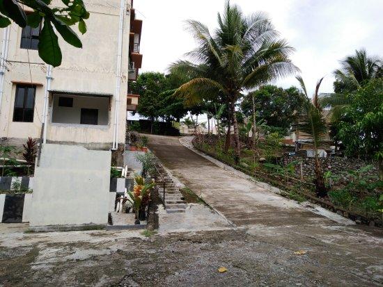 North Maluku, Indonesia: Akses Menuju Front Office