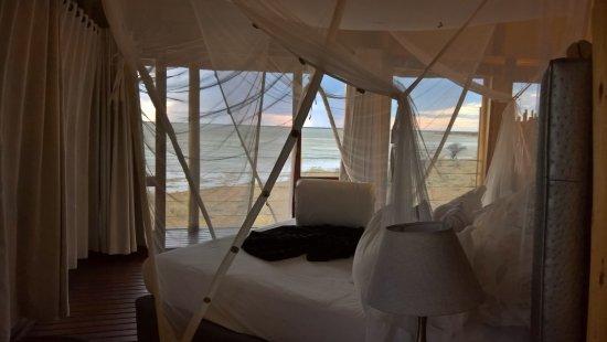 Onkoshi Camp: Honeymoon suite - bed
