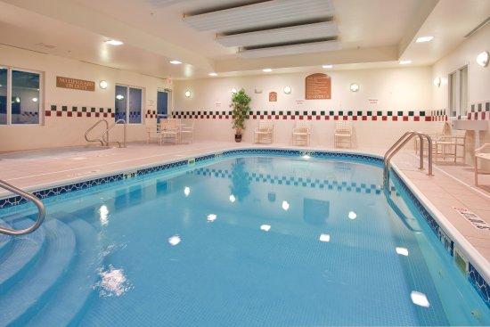 Independence, MO: Saltwater Swimming Pool