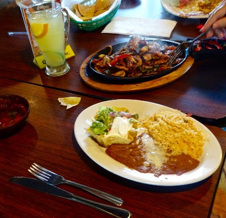 Madison, GA: Sizzling Chicken Fajitas with Yellow Rice, Beans & Avocado