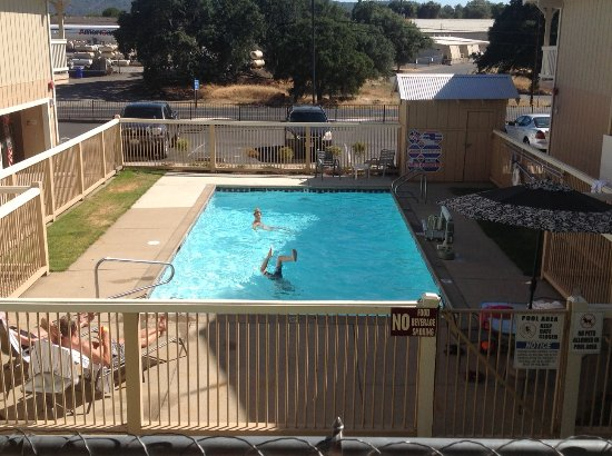 Angels Camp, CA: Pool