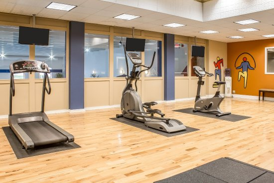Quality Inn & Suites Event Center: Fitness