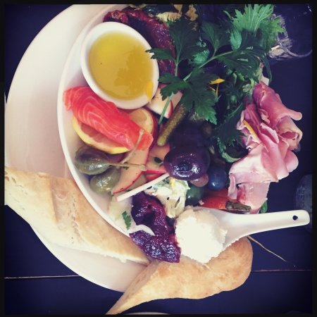 Cygnet, Австралия: Lotus Eaters Cafe