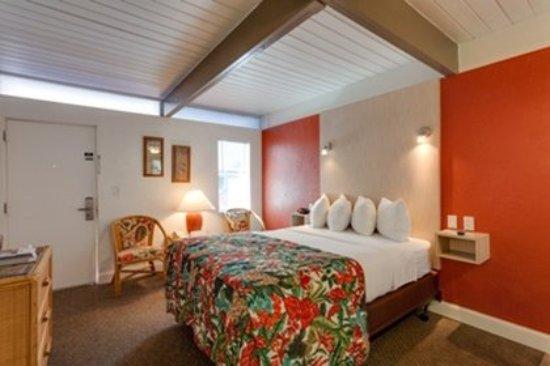 Outrigger Beach Resort: Guest Room