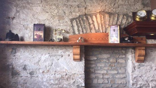 Ballinlough, Irlandia: stone walls