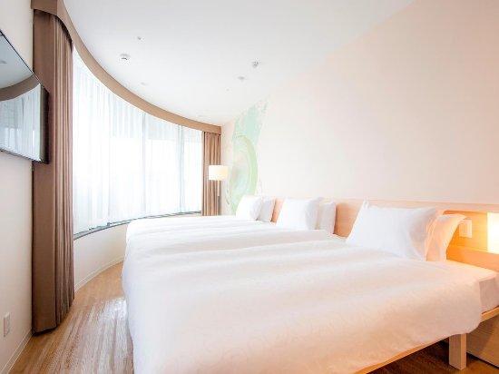 karaksa hotel Osaka Shinsaibashi I: Triple room on 9th floor