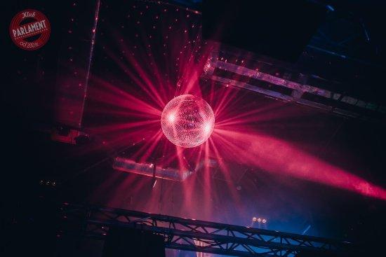 Klub Muzyczny Parlament: światła