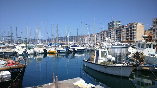 Yacht Port Toulon