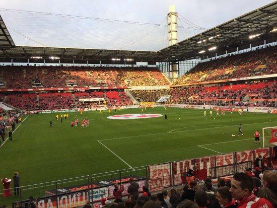 RheinEnergieStadion: Immer wieder ein schönes Erlebnis den FC live zu sehen!