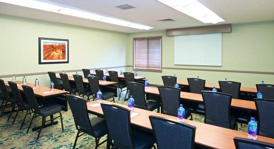 Vancouver, Вашингтон: Corporate Boardroom - Classroom Setup