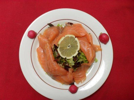 Hotel les Alleux : Assiette de saumon fumé