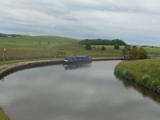 Barnoldswick, UK: Greenberfield Locks Area
