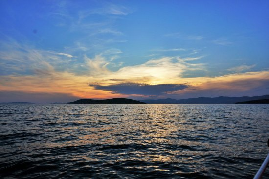 Dalmatia, Kroasia: Beautiful surroundings during sunset sail June 8, 2016