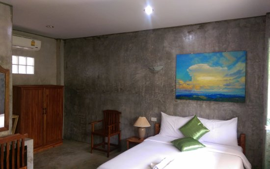 Polished Concrete Walls In A Residence In Chiang Rai