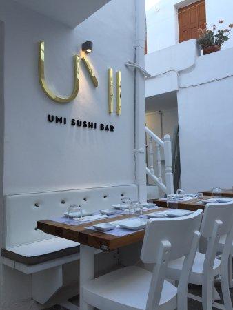 Umi sushi bar