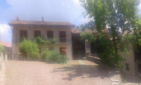 Cissone, İtalya: il borgo