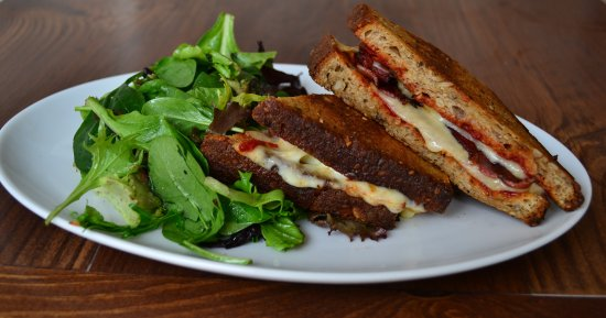 White Maple Cafe: Bacon Grilled Cheese