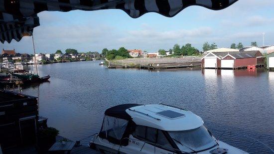 Hotel Oostergoo: view from breakfastroom