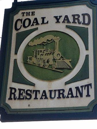 ยอร์ก, เซาท์แคโรไลนา: Coal Yard Restaurant & Lounge