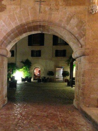 Hilton Sa Torre Mallorca: Eingang zum Hotel