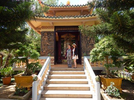Thien Vien Truc Lam Храм